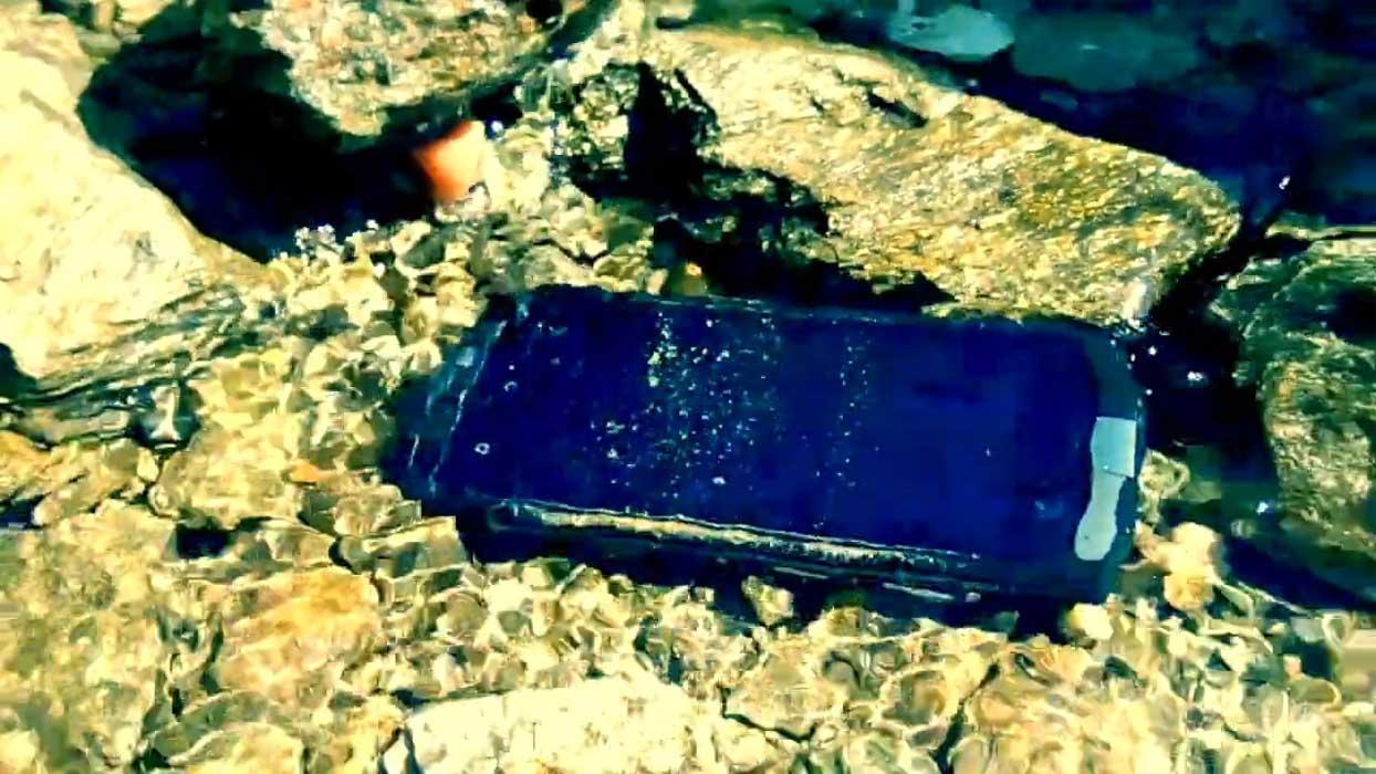 Smartphone resistenti all'acqua